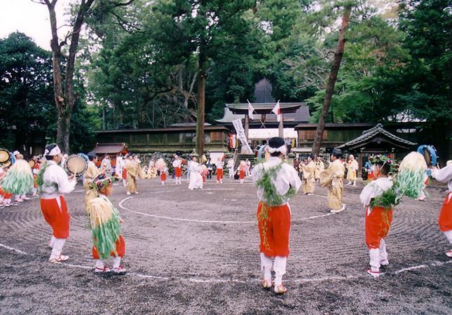丹生の太古踊り